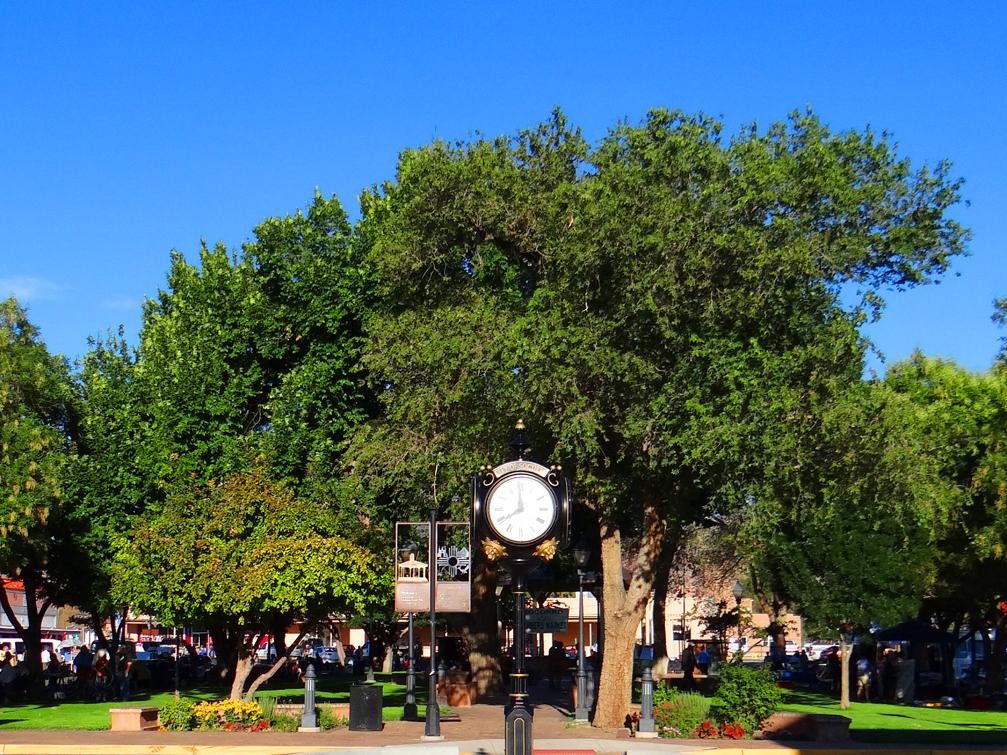 Plaza Summer