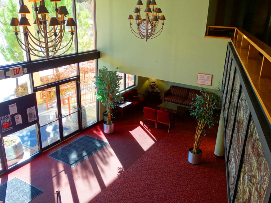 Macey Center-lower lobby14